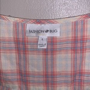 Fashion Bug Tops - Fashion bug ivory top with red and blue plaid